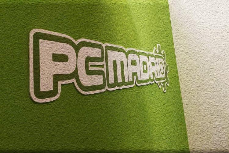 FRANQUICIAS PCMADRID INFORMÁTICA franquicias@pcmadrid.es / expansión@pcmadrid.es www.pcmadrid.es SOBRE NOSOTROS ¿QUIÉNES SOMOS? PCMADRID Informática es una empresa joven que abrió sus puertas en 2010. Durante estos años hemos trabajado con intensidad para ofrecer los mejores productos y servicios; nuestra primera norma es priorizar siempre las necesidades informáticas del cliente en cualquiera de nuestros centros. Nuestra filosofía es la de cuidar y asesorar de manera individualizada a cada cliente para que se vaya lo más contento posible. Porque si se va agradecido, volverá. Y si vuelve, también nosotros estaremos contentos. Un buen servicio tiene ventajas para todos. Pensamos que el trato personalizado y cercano es vital dentro de un sector tan desconocido y a la vez tan necesario para el desarrollo de cualquier actividad hoy día. Ofrecemos, por tanto, no sólo servicios de calidad desde nuestra central y una imagen de marca original en nuestras tiendas, sino que también buscamos siempre la sencillez en la gestión y la buena rentabilidad de nuestras franquicias.